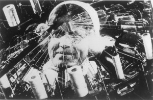 The_Man_With_a_Movie_Camera_2_vertov